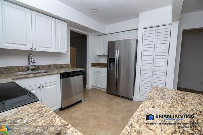 Tamarac FL Single Family Home For Sale: $230,000