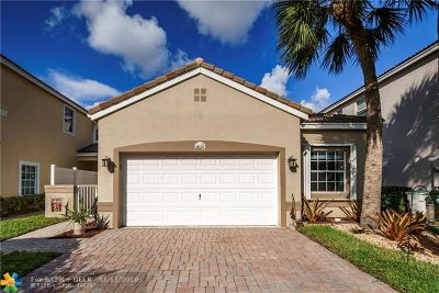 Coconut Creek Single Family Home For Sale: 3837 NW 62nd St