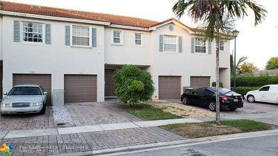 Tamarac Single Family Home For Sale: 8306 Prestige Commons Dr