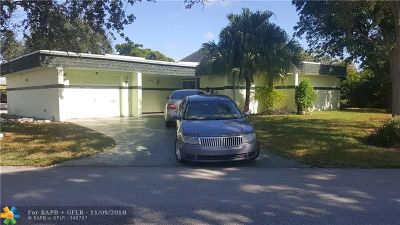 Tamarac Single Family Home For Sale: 4910 Bayberry Ln