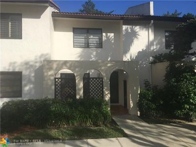 Boca Raton FL Condo/Townhouse For Sale: $220,000