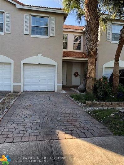 Tamarac FL Condo/Townhouse For Sale: $224,900