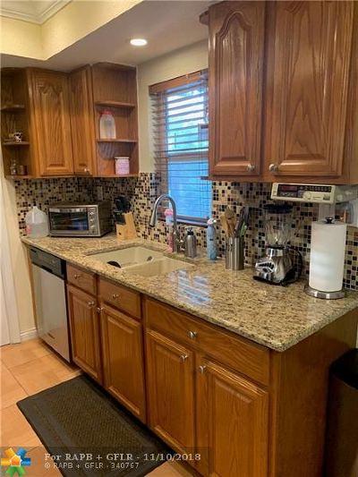 Tamarac FL Single Family Home For Sale: $225,000