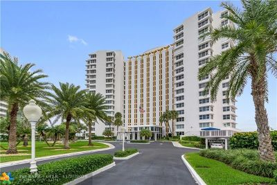 Lauderdale By The Sea Condo/Townhouse For Sale: 3900 N Ocean Dr #16C