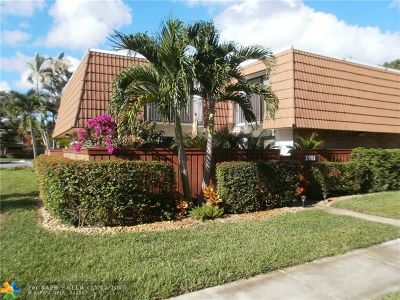 Deerfield Beach Condo/Townhouse For Sale: 2911 SW 11th Pl #2911