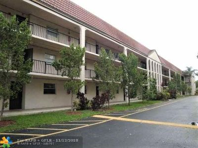 Coral Springs Condo/Townhouse For Sale: 2700 Coral Springs Dr #202