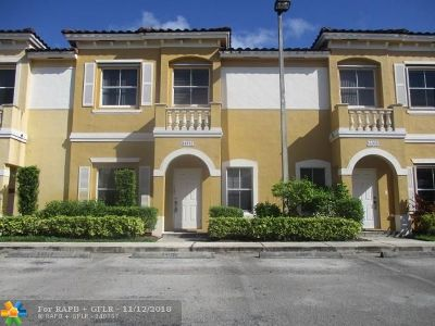 Miramar Condo/Townhouse For Sale: 14057 SW 49th Street #5