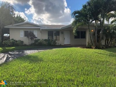 Oakland Park Single Family Home For Sale: 4490 NW 17th Ave