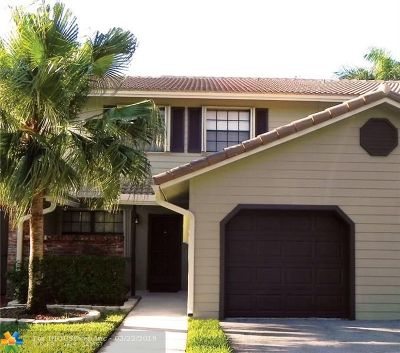 Plantation Condo/Townhouse For Sale: 9039 Vineyard Lake Dr #9039