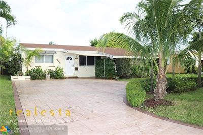 Miramar Single Family Home For Sale: 2601 Arcadia Dr