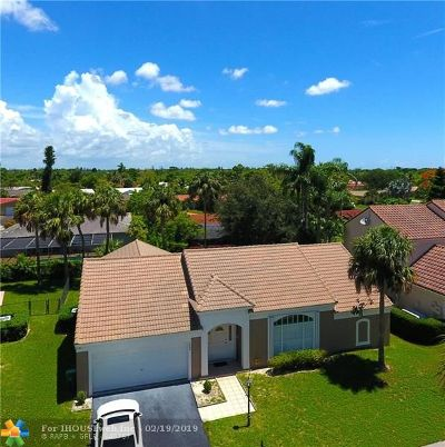 Coral Springs Single Family Home For Sale: 7609 Live Oak Dr
