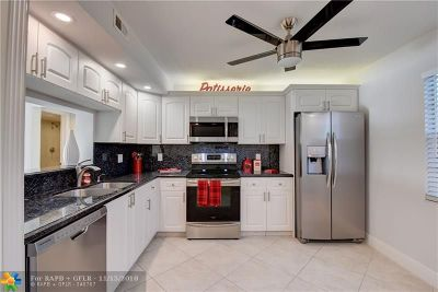 Coconut Creek Condo/Townhouse For Sale: 3501 Bimini Ln #O4