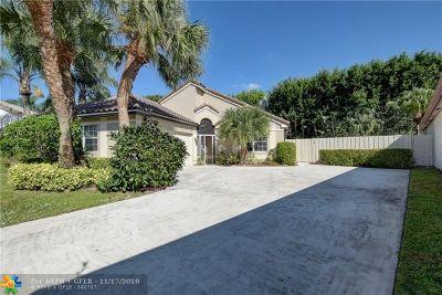 Delray Beach Single Family Home For Sale: 7546 Ironbridge Cir
