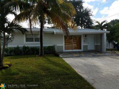 Miramar Single Family Home For Sale: 7570 Miramar Pkwy