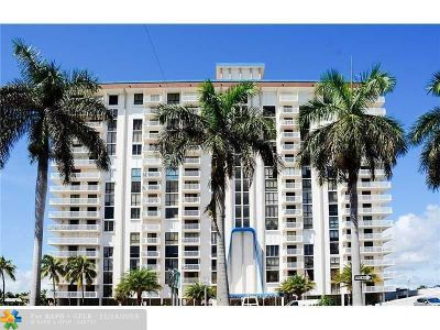 Hollywood Condo/Townhouse For Sale: 1600 S S.ocean Dr #18-D