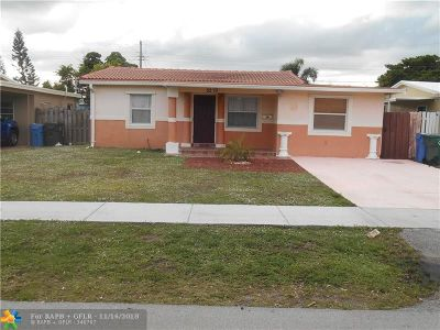 Oakland Park Single Family Home For Sale: 5273 NE 1st Ter