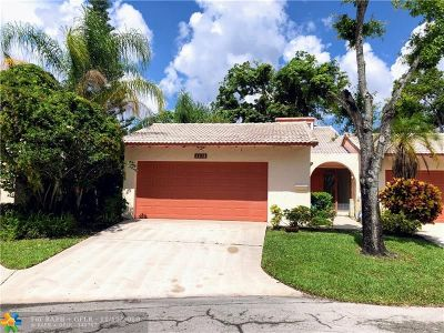Tamarac FL Single Family Home For Sale: $199,000