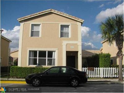 Coral Springs FL Rental For Rent: $2,150