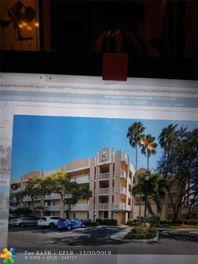 Tamarac Condo/Townhouse For Sale: 9525 Weldon Cir #412