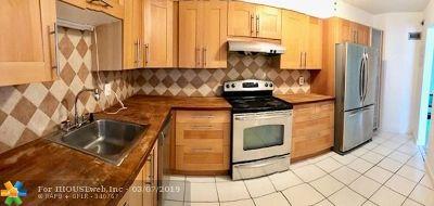 Pompano Beach FL Condo/Townhouse For Sale: $124,900