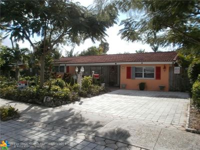 Deerfield Beach Single Family Home For Sale: 120 SE 11th St