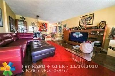 Dania Beach Condo/Townhouse For Sale