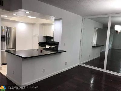 Boca Raton FL Rental For Rent: $1,600
