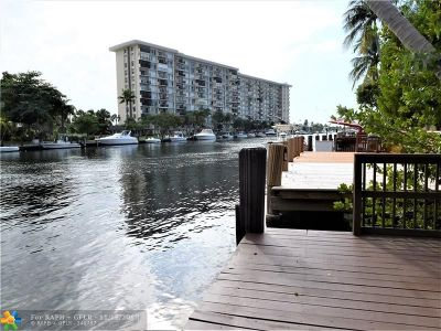 Pompano Beach Condo/Townhouse For Sale: 777 S Federal Hwy #301C