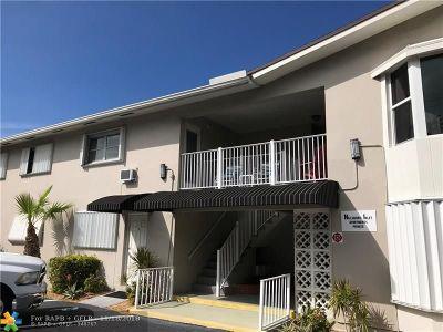 Pompano Beach Condo/Townhouse For Sale: 2501 N Ocean Blvd #22
