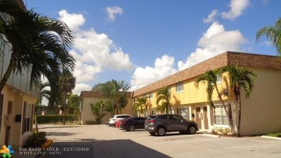 Plantation Condo/Townhouse For Sale: 4723 NW 9th Dr #L4723