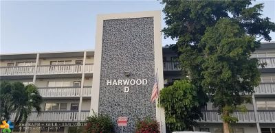 Deerfield Beach FL Condo/Townhouse For Sale: $45,000