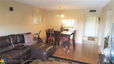 Boca Raton FL Condo/Townhouse For Sale: $159,000