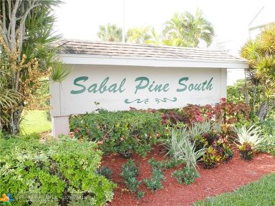 Delray Beach Condo/Townhouse For Sale: 2940 SW 22nd Ave #704