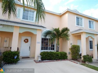 Deerfield Beach Condo/Townhouse For Sale: 1367 SW 48th Ter #1367