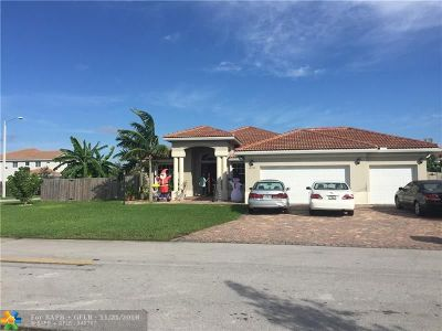 Miami Single Family Home For Sale: 12733 SW 226th St