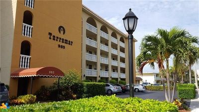 Deerfield Beach Condo/Townhouse For Sale: 985 SE 19th Ave #206