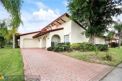 Tamarac Condo/Townhouse For Sale: 8019 Hibiscus Cir #28
