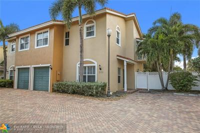 Oakland Park Condo/Townhouse Backup Contract-Call LA: 1235 NE 32nd St #4
