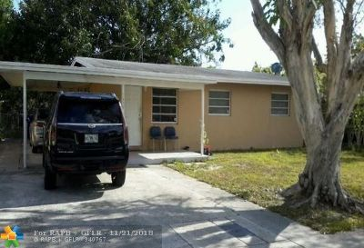 Fort Lauderdale FL Single Family Home For Sale: $149,900