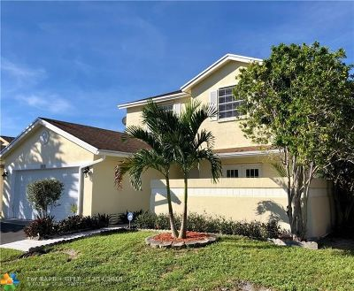 Pembroke Pines Single Family Home For Sale: 1010 SW 99th Av