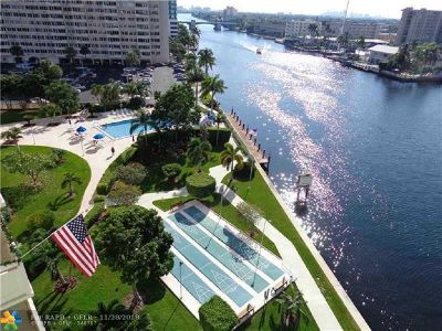 Fort Lauderdale Condo/Townhouse For Sale: 3200 NE 36th St #1619