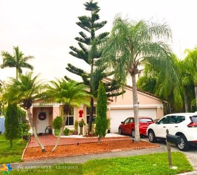 Miami Single Family Home For Sale: 17452 SW 137th Ct