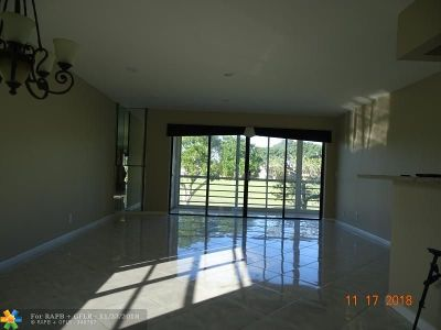 Delray Beach Condo/Townhouse For Sale: 25 Piedmont A #25