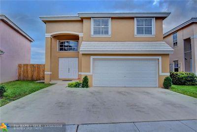Margate Single Family Home For Sale: 6450 Buena Vista Dr
