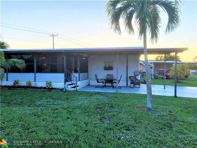 West Palm Beach Single Family Home For Sale: 4306 70th Ct