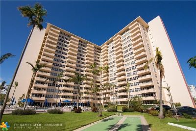 Fort Lauderdale Condo/Townhouse For Sale: 3300 NE 36th St #1711