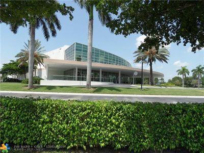 Tamarac Condo/Townhouse For Sale: 7568 Fairfax Dr #307