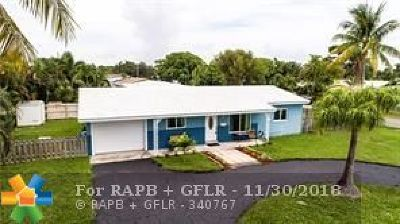 Pompano Beach Single Family Home For Sale: 21 SE 9th Street
