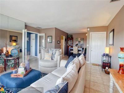 Fort Lauderdale Condo/Townhouse For Sale: 1770 E Las Olas Blvd #606