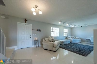 Davie Single Family Home For Sale: 6500 W Falcons Lea Dr